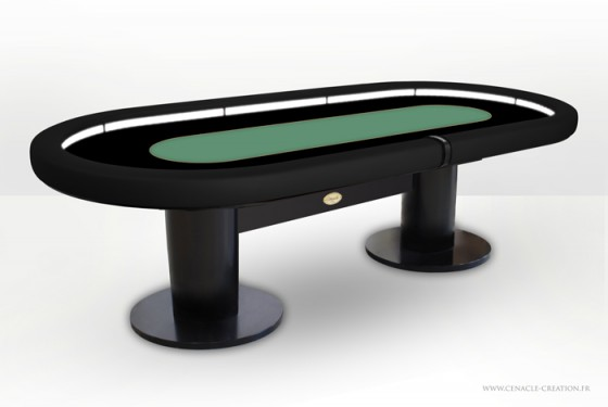 sunday surpise une table de poker professionnelle en cadeau. Black Bedroom Furniture Sets. Home Design Ideas